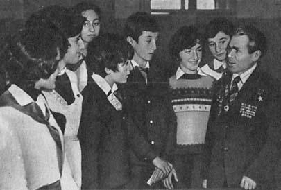 Ф. И. Шалин на встрече со школьниками