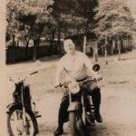 Очень любил гонять на мотоцикле. Сразу после войны у него был мотоцикл BMW, но на фото ИЖ )
